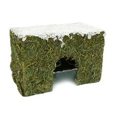 Buy Rosewood Naturals Wintery Hay Cottage Small at Guaranteed Cheapest Prices with Express & Free Delivery available now at PetPlanet.co.uk, the UK's #1 Online Pet Shop.