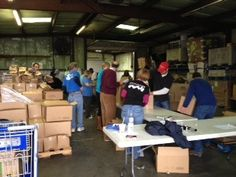 The Paula Deen Team Helps Out At Second Harvest