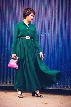 Indian Fashion Streetstyle Look: Long Emerald Maxi Dresses
