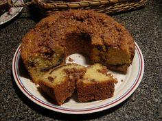 Dinner's Ready: Mom's Sour Cream Coffee Cake