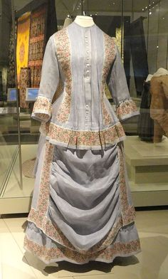1870-74 ROBE D'ÉTÉ EN COTON
