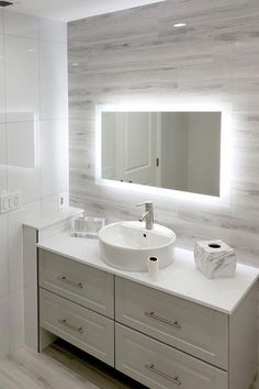 Master Bathroom a few ideas | Master Bathroom tiles | Bathroom storage | Bathroom decorating | Small bathroom tips | Bathroom wallpaper | Colors | Victorian | Farmhouse | Country | Minimalist | Scandinavian | Modern | Luxury | bathroom | Master Bathroom layout | Marble | Color schemes | Cabinets | Lighting | Bathroom inspiration | Master Bathroom designs | bathroom ideas | Small bathroom remodel | Decoration | Makeover | Hacks | Master Bathroom interior | #luxuryBathroom Bathroom Mirror Design, Bathroom Layout, Bathroom Interior, Modern Bathroom, Small Bathroom, Bathroom Ideas, Master Bathrooms, Bathroom Cabinets, Neutral Bathroom