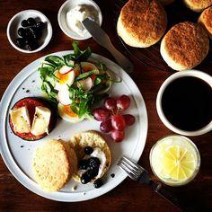 .@keiyamazaki | Todays breakfast. Scones. 旦那さんのリクエストにより、久々のスコーン。 | Webstagram - the best Instagram viewer