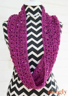 Suddenly Sparkles Scarf - free one skein #crochet pattern on Mooglyblog.com