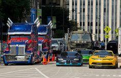 Chicago - 'Glad You're Here! Superhero Emblems, Western Star Trucks, Transformers Autobots, Wrangler Shirts, Gown Pattern, Optimus Prime, Ramones, Cultura Pop, Ford Trucks
