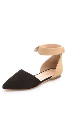 it's like a peter pan collar on your ankles!