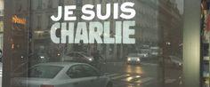 charlie-hebdo-kiosque-paris