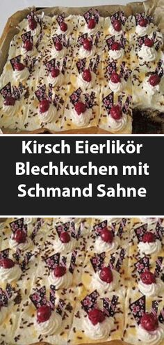 Cherry eggnog sheet cake with sour cream 😍 😍 😍 - Kuchen - coffee Recipes Easy Vanilla Cake Recipe, Chocolate Cake Recipe Easy, Icing Recipe, Easy Smoothie Recipes, Easy Cake Recipes, Dessert Recipes, Dessert Blog, Eggnog Cake, Sour Cream Cake
