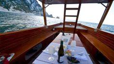 Una cena in barca anche d'inverno. #cena a bordo #cena in barca #mele con cannella #salmone #spaghetti alle cozze