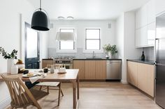How to Design a Minimalist Home That Still Feels Welcoming Photos | Architectural Digest