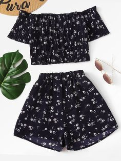 Shop Off Shoulder Floral Crop Top With Shorts online. SheIn offers Off Shoulder Floral Crop Top With Shorts & more to fit your fashionable needs. Cute Summer Outfits, Cute Casual Outfits, Pretty Outfits, Stylish Outfits, Stylish Dresses, Summer Shoes, Girls Fashion Clothes, Teen Fashion Outfits, Girl Fashion