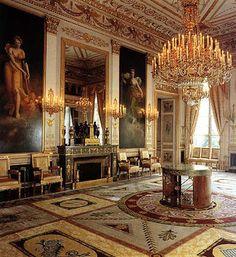 Arts décoratifs Premier Empire - Hôtel de Beauharnais : Le Salon des 4 saisons (Ambassade d'Allemagne, Paris)