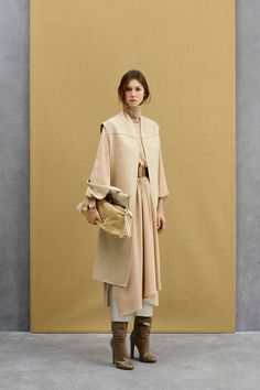 OH MY GOD I LOVE IT  Agnona Pre-Fall 2017 collection.