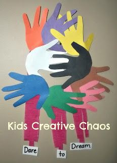 HANDPRINT DREAMCATCHERS PAPER CRAFT ACTIVITY FOR MARTIN LUTHER KING DAY #MLK