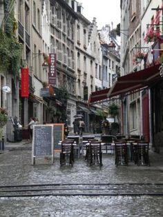 Place du Grand Sablon - Brussel, Belgium (Chocolate Shopping)