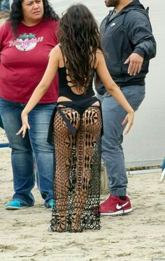 Hynotic booty from Camila Cabello Sexy Jeans, Vicky Justice, Camila And Lauren, Famous Girls, Brunette Girl, Hollywood Celebrities, Female Singers, Woman Crush, Beautiful Celebrities