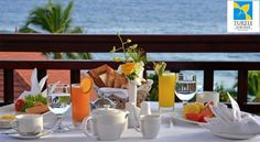 The backdrop of the Arabian Sea, sumptuous breakfast and the soothing ambience of Library Lounge and Café- a perfect #Sunday! http://bit.ly/1iJbBiJ