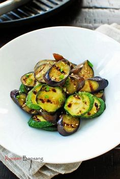 Gaji Hobak Muchim (Grilled Eggplant and Zucchini with Korean Seasoning) | Korean Bapsang
