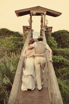 St. Augustine Wedding by Dorothy Gautreaux Photography  Read more - http://www.stylemepretty.com/florida-weddings/2011/11/22/st-augustine-wedding-by-dorothy-gautreaux-photography/
