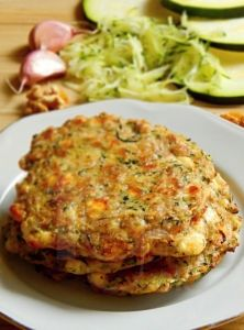 Baked zucchini pancakes without flour. Scd Recipes, Czech Recipes, Gluten Free Recipes, Low Carb Recipes, Dessert Recipes, Cooking Recipes, Healthy Recipes, Ethnic Recipes, Gaps Diet