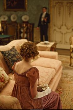 Downton Abbey (TV series), 2010 - , with Laura Carmichael as Lady Edith Crawley: Edith's mom told her that it is not bad thoughts that make you bad, but that taking those thoughts into action that makes you bad. Edwardian Era, Victorian Era, Edwardian Costumes, Victorian Cottage, Jane Austen, Story Inspiration, Character Inspiration, Belle Epoque, Edith Crawley