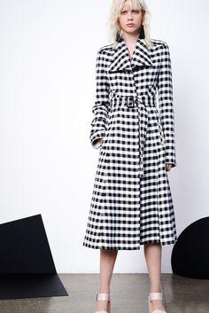Derek Lam Resort 2016 Fashion Show - Look 12 Vogue Fashion, Fashion Show, Fashion Design, Vogue Uk, Emilio Pucci, Summer Coats, Fashion Week 2016, Fashion Spring, Louis Vuitton