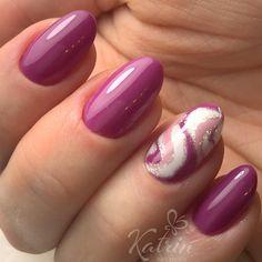 Идеальный и невероятно красивый маникюр от нашего мастера Дарьи #katrin_nail_studio #аппаратныйманикюр #дизайнногтей #идеиманикюра #маникюрзвездная #маникюрспб #осеннийманикюр #осень2017 #ручнаяработа #росписьногтей #nailsdesign #nails #nailart #design #manicure #bestnails #handmade
