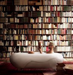 Maison Valentina brings to you today the best ideas. Be sure to check these best bathroom design ideas and extraordinary bathtubs for your Luxury Bathroom. Best Bathroom Designs, Dream Library, Victoria And Albert, Commercial Design, Amazing Bathrooms, Bookshelves, Interior And Exterior, Interior Design, Bean Bag Chair