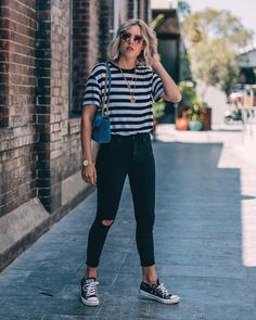 Womens Clothes Online Stores this Casual Outfits Meaning than Casual Jean Outfits For Winter. Casual Outfits For Spring 2019 few Calvin Klein Womens Clothes Sale Cute Casual Outfits, Simple Outfits, Stylish Outfits, Casual Ootd, Glamorous Outfits, Basic Outfits, Casual Clothes, Winter Clothes, Casual Chic