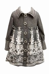 So pretty, proof that pretty clothes for girls don't have to be pink...Alora would rock this