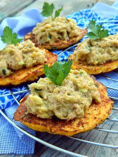 Turu, Salmon Burgers, Food And Drink, Low Carb, Gluten Free, Yummy Food, Healthy Recipes, Eat, Breakfast