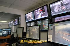 Nezahualcóyotl Méx. 25 Enero 2013. El puesto de mando C-4 fue instalado durante la administración municipal 2006-2009, y desde un principio trabajo coordinó el accionar de los cuerpos de seguridad y rescate por tierra y aire.  Foto. Francisco Gómez