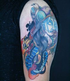 Tattoo by Melek Taştekin. Başka bir dövme kapandı.ilk halini(kapatılan dövmeyi) daha önceki paylaşımlardan görebilirsiniz.2.seans. Üstteki dövme iyileşmiş halidir 8 ay oldu. Halfsleeve cover up tattoo.The upper half of the tattoo was made 8 months ago #tattoo #tattoos #tattooing #tattooist #halfsleeve #colortattoo #armtattoo #newschooltattoo #oldschooltattoo #ink #inked #tattoomagazine #snaketattoo #dovme #melektastekin #tatu #tats #tattooer #tattooed #tattooart #tattooartist #art…