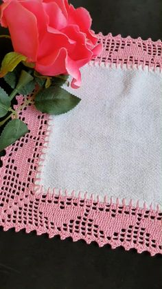 Crochet Border Patterns, Crochet Table Runner Pattern, Crochet Tablecloth, Embroidery Patterns Free, Crochet Ripple, Filet Crochet, Crochet Motif, Crochet Doilies, Crochet Lace