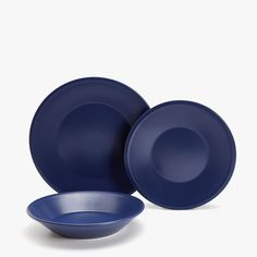 BLUE EARTHENWARE TABLEWARE