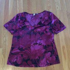 Elie Tahari for Nordstrom top Beautiful purples, floral pattern. Generously cut for flowing look. Elie Tahari Tops Blouses