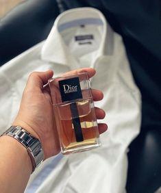 Best Perfume For Men, Best Fragrance For Men, Best Fragrances, Perfume And Cologne, Perfume Bottles, Parfum Dior, Long Lasting Perfume, Perfume Collection, Men's Grooming