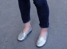 Silver shoes, Street Style by Les Contemplatrices