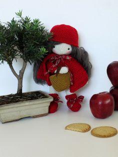 le petit chaperon rouge au crochet de la poule..... magnifique!