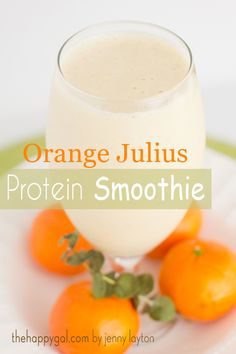 Orange Julius Protein Smoothie. Perfect, refreshing smoothie for those mornings when you want something light and tangy. www.thehappygal.com #smoothie #orangejulius #proteinsmoothie