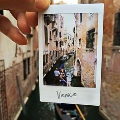 Venice deserved a polaroid ✨ places polaroid instax, travel Polaroid Vintage, Film Photography, Travel Photography, Makeup Photography, Senior Photography, White Photography, Street Photography, Landscape Photography, Photography Ideas
