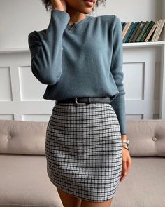 Mittyo Classic Blue Top Plaid Skirt Two Piece Dress Source by angelicameskhia casual outfits Mode Outfits, Office Outfits, Edgy Outfits, Classic Fashion Outfits, Classy Chic Outfits, Urban Chic Outfits, Winter Office Outfit, Stylish Work Outfits, Office Attire