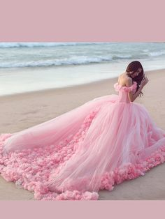Prom Dress Fitted, Pink Cloud Flower Rose Wedding Dresses Long Tulle Puffy Ruffle Robe De Mariage Bridal Gown Wedding Gown, There are delicate lace prom dresses with sleeves, dazzling sequin ball gowns, and opulently beaded mermaid dresses. Wedding Dresses With Flowers, Tulle Flowers, Pink Tulle, Pink Flowers, Coral Pink, Blush Pink, Pink Beach, Bouquet Flowers, Romantic Flowers
