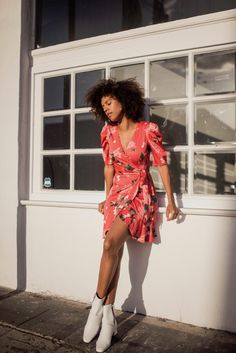 Tangerine Floral DressTangerine Floral Dress from Keepsake paired with white boots. Perfect for spring and summer. #summerstyle #springstyle #dress #florals #whiteboots #grasiemercedes