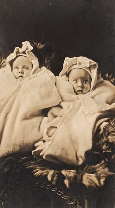 Aaaahhh! (Victorian era twins) - Love the expression on the one's face..lol