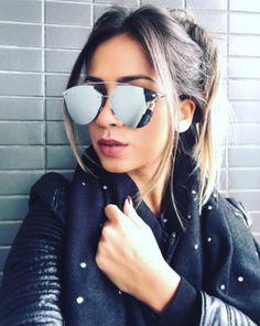 Dior Reflected Pixel é o modelo perfeito para arrematar qualquer visual!! A @iasminttorres ficou ainda mais maravilhosa e estilosa com os delas  Garanta o seu na #EnvyOtica - www.envyotica.com.br  #Dior #diorreflected #diorpixel #diorreflectedpixel