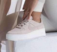 shoes nike air force All for one. WMNS Air Force 1 Sage Lace Low is now available in stores! Source by MehtapppK # air force women Beige Sneakers, Beige Shoes, Cute Sneakers, Pink Shoes, Girls Shoes, Sneakers Nike, Shoes Women, Beige Trainers, Cute Sneaker Outfits