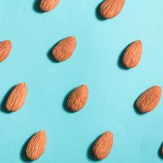 Find out just why almonds are so good for your body—from your skin to your waistline to your heart. Plus, get nutrition information for a serving of almonds. Healthy Oils, Healthy Protein, Good Healthy Recipes, Cheat Meal, Fiber Rich Diet, Nut Free Snacks, Dietary Guidelines For Americans, Fatty Fish, Food Articles