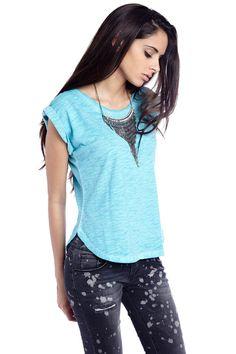 Turquoise t-shirt - 19,90 € - q2.com.es