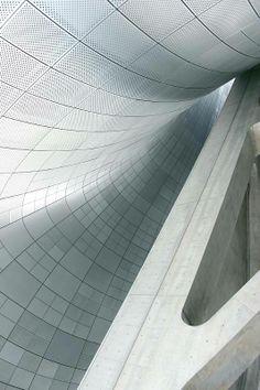 Dongdaemun Design Plaza in Seoul, South Korea | Zaha Hadid